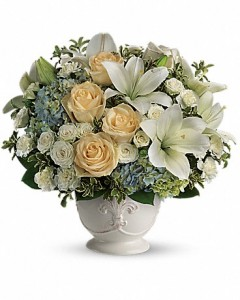 Beautiful Dreams Flower Arrangement