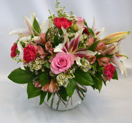 BEAUTIFUL IN PINK FRESH FLOWERS VASED
