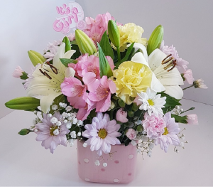 BEAUTIFUL PINK Arrangement in Newmarket, ON | FLOWERS 'N THINGS FLOWER & GIFT SHOP