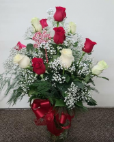 Beautiful Red and White Roses  FHF-V10 Fresh Floral Vase