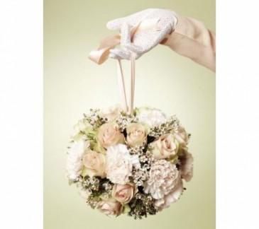Beautiful Vintage Pomander Bouquet