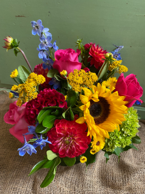 Beautifully Bright Arrangement in a vase in Toronto, ON | THE NEW LEAF FLOWERS & GIFTS