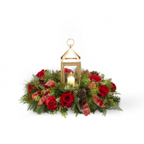 Beautifully Bright Christmas Centerpiece