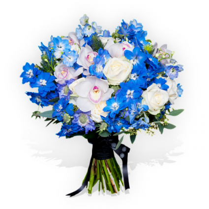 beautifully delicate white and blue Bouquet