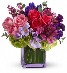 BEAUTY IN COLOR Vase Arrangement