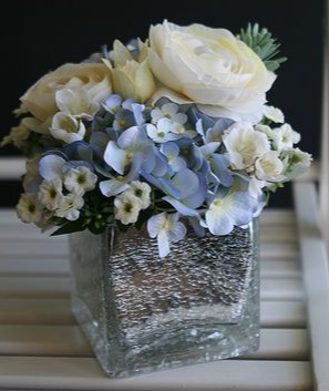 BEAUTY SECRET ELEGANT MIXTURE OF FLOWERS in Houston, TX | Bella Flori