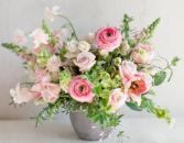 BEAUTY SPRING ELEGANT MIXTURE OF FLOWERS