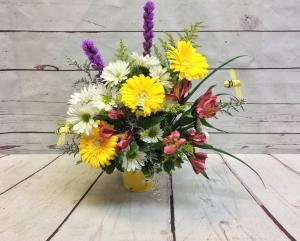 Bee-Utiful Spring Mix  in Culpeper, VA | ENDLESS CREATIONS FLOWERS AND GIFTS