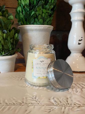 Bella Freesia Petite Candle