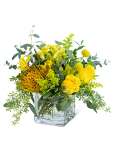 Belle De Jour Flower Arrangement