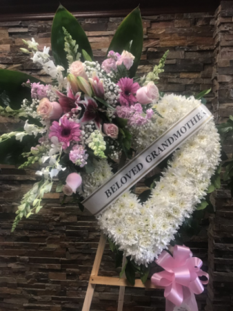 """45"""" BELOVED OPEN HEART SPRAY W/ BANNER STANDING FUNERAL PC ON A 6' STAND"""