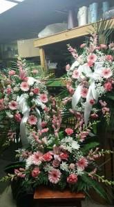 Bereavement Bundle  Sprays and casket