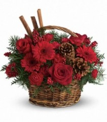 Berries and Spice Christmas Basket (T120-1A)