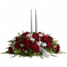 Berries & Blooms Winter Floral in Whitesboro, NY | KOWALSKI FLOWERS INC.