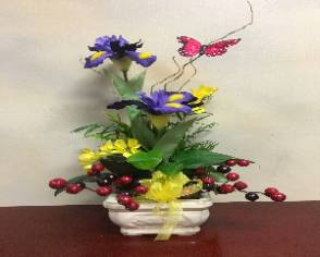 Berry Beautiful Dish Garden Dish Garden in Lincoln, NE | BURTON & TYRRELL'S / OAK CREEK PLANTS & FLOWERS