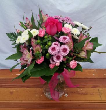 Berry Sweet Vase Arrangement
