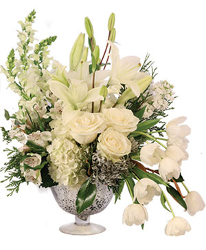 Bespoke Ivory Flower Arrangement in Tottenham, ON | TOTTENHAM FLOWERS & GIFTS