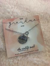 Best grandma ever necklace