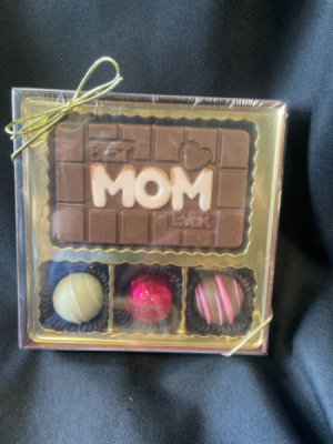 Best Mom Ever Boxed Chocolates  in Red Lake, ON | FOREVER GREEN GIFT BOUTIQUE