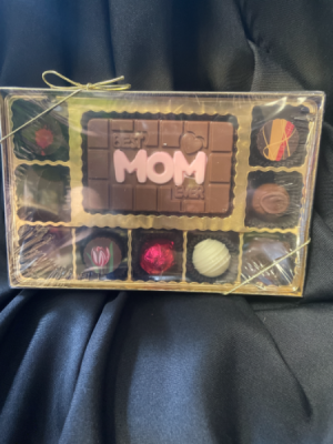 Best Mom Ever Deluxe Box in Red Lake, ON | FOREVER GREEN GIFT BOUTIQUE
