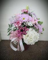 Best Mom Ever!  FHF-M02 Fresh Floral Vase Arrangement