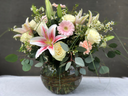 Best MOM Ever Powell Florist Exclusive
