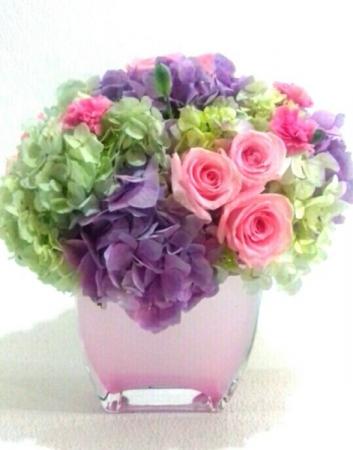 BEST WISHES ELEGANT MIXTURE OF FLOWERS