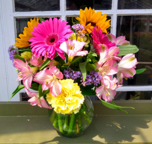 Best Wishes Custom Designed Vase Arrangement in North Adams, MA | MOUNT WILLIAMS GREENHOUSES INC