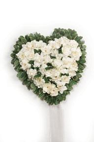 BFS10 Graveside Heart of Flowers