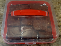 NEW!! TRIPLE CHOCOLATE BROWNIES!! DOZEN BROWNIES IN A CUTE PLASTIC CARRYING CASE. ( NEED 30 HOURS NOTICE)
