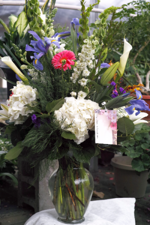 Big and Beautiful  in Vincennes, IN | ORGAN FLORIST & GREENHOUSES