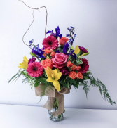 Big, Bright, Beautiful Vase Arrangement in North Bend, Oregon | PETAL TO THE METAL FLOWERS