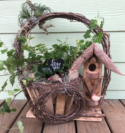 Birdhouse Basket with Love.