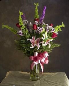 Romance Bouquet Vase Arrrangment in Walnut Grove, GA | APRILS ROSE GARDEN