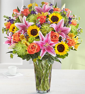 Spectacular Fanfare Arrangement in Croton On Hudson, NY | Cooke's Little Shoppe Of Flowers