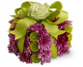 Birthday gift available in assorted colors  birthday flower gift