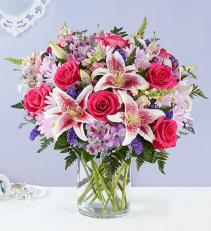 Blissful Beauty Bouquet All around arrangement