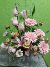 Blissful Pink One sided arrangement