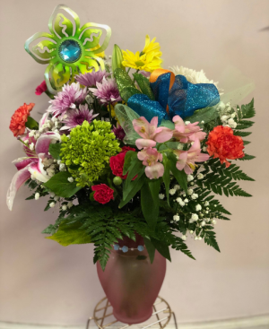 Blooming Beauty Bouquet with Keepsake Garden Stake  in Jermyn, PA | Debbie's Flower Boutique