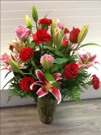Blooms of love vase