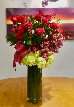 Blossoming Majesty Rose Arrangement