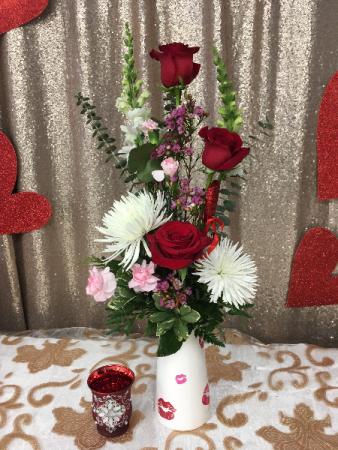 Blow me a Kiss Vase Arrangement