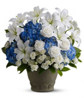 Blue horizon Fresh arrangement