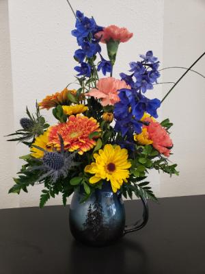 Blue Moon Beauty  in La Grande, OR | FITZGERALD FLOWERS