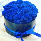 BLUE ROSES VASE ARRANGEMENT OR HANDTIED