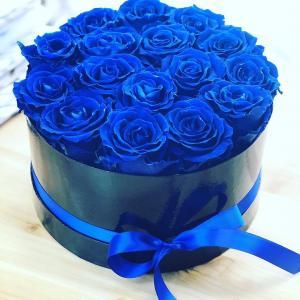 BLUE ROSES VASE ARRANGEMENT OR HANDTIED in Oakville, ON   ANN'S FLOWER BOUTIQUE-Wedding & Event Florist