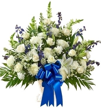 BLUE & WHITE SYMPATHY BASKET