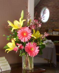 SPRING SUNSHINE Bouquet in a Vase