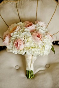 BLUSH AND WHITE WEDDING BOUQUET HAND TIED BOUQUET