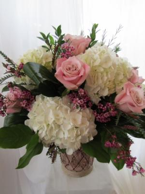 BLUSH BEAUTY Floral Arrangement in Woodbridge, ON | PRIMAVERA FLOWERS & MORE